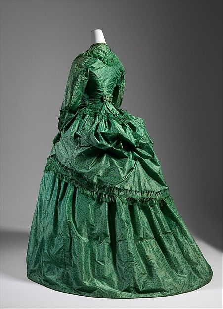 Dinner dress Date: ca. 1886 Culture: American Medium: silk Dimensions: Length at CB: 73 in. (185.4 cm)