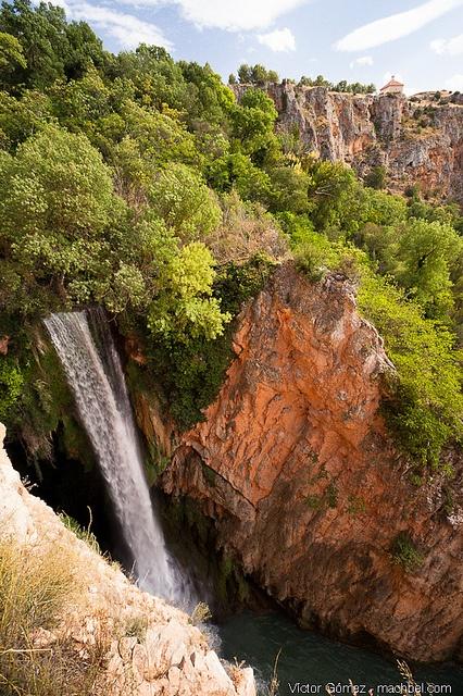 Cascada Cola de Caballo - Monasterio de Piedra by machbel, via Flickr