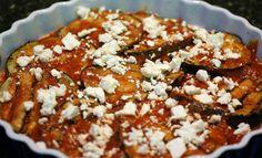 Οι μελιτζάνες στο φούρνο με τυρί φέτα έιναι ένα άκρως καλοκαιρινό και…