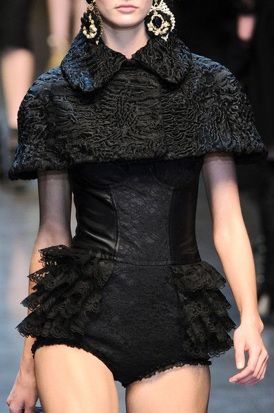 Dolce & Gabbana Fall 2012 - Details.  Gorgeous!!!