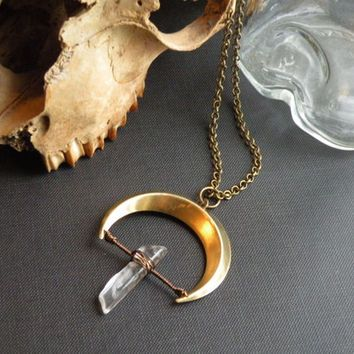 Crescent moon Necklace // Brass crescent and QUARTZ point // Raw STONE Jewelry // Mystic MOON Goddess Magick Dark Gypsy Goth