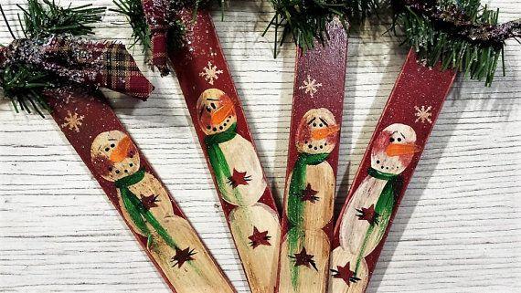 Bonhomme de neige pays primitifs, peint de bonhomme de neige, pays bonhomme de neige, Noël primitif, ornement en bois, ornement de primitif