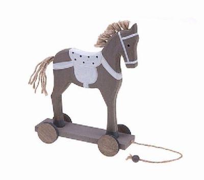 Houten paard op wielen, grijs