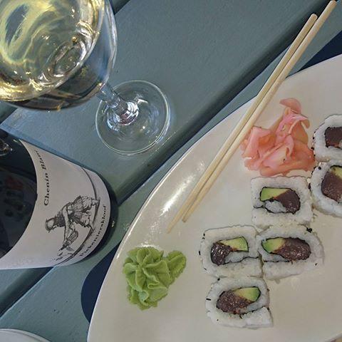 #piekenierskloofwines #piekenierskloof #cheninblanc #paired #sushi