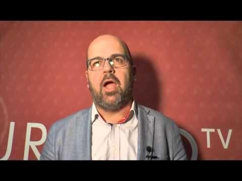 Los autores de Empresa Activa explican su Sant Jordi 2016 - YouTube