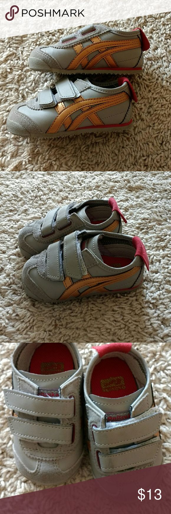 Onitsuka Tiger sneakers sz K4 Grey Onitsuka Tiger toddler sneakers with bronze and red colors Size K4 Velcro fastening Very little wear, great condition Onitsuka Tiger Shoes Sneakers