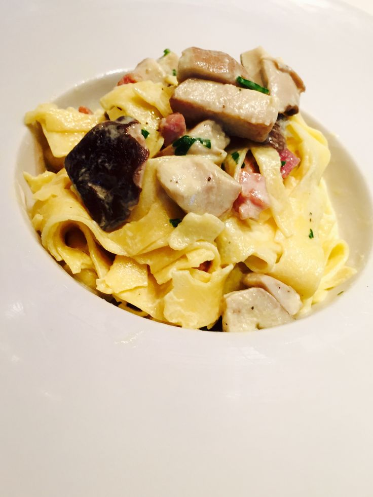 Pappardelle+funghi+porcini+e+speck+-+Mushroom+and+bacon+pappardelle