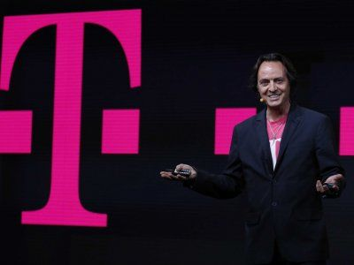 T-Mobile Will Give Anyone A Free iPhone 5S To Test For A Week