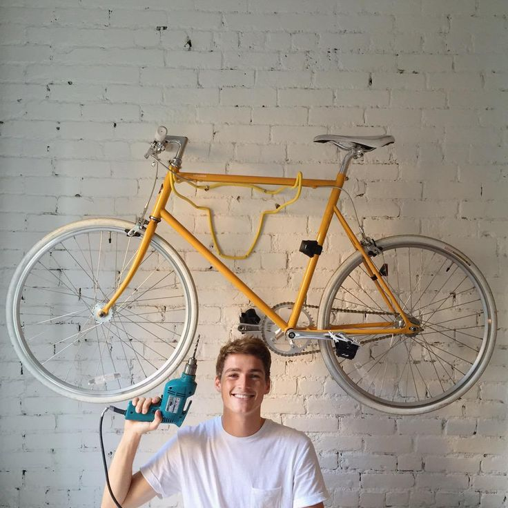sunshine bike & another shade of blue, finn harries is once again there too!