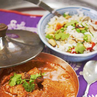 Hyderabadi vegetarian pilau (stekt ris med grönsaker och cashewnötter)