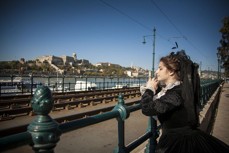 Dreaming above the blue Danube