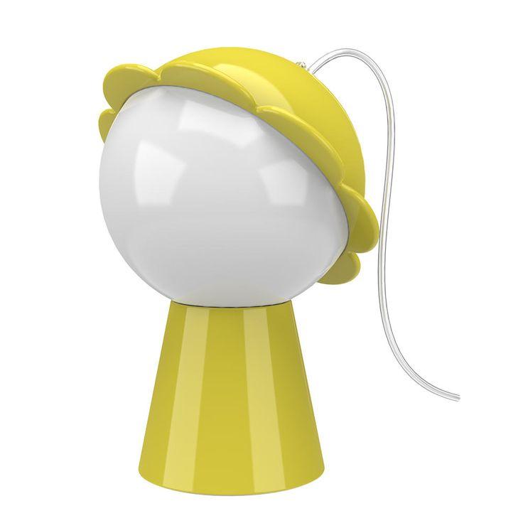 """Il classico """"M'ama, non m'ama"""" si trasforma nella più romantica tra le lampade da tavolo moderne. Firmata Nika Zupanc, scoprila su Qeeboo.com"""