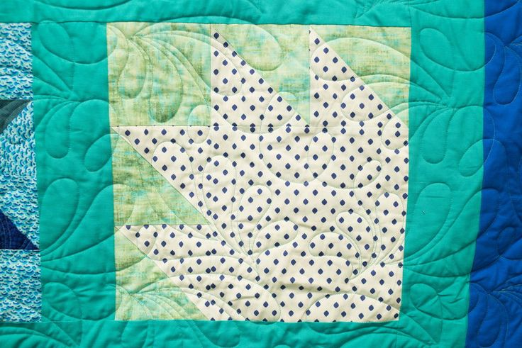 Bear Paw Block Pattern | Our August Quilt Block of the Month video is here! Learn how to make a bear paw quilt block with Carolina Moore.