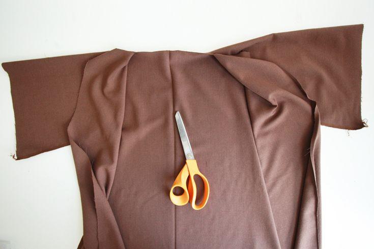 DIY Jedi Robe for Kids- Miranda Anderson for One Little Minute Blog-6