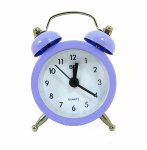 Relógio Despertador Miniatura Lilás http://www.monky.com.br/Conteudo/ProdutoDetalhe.aspx?idProduto=00000996&idTipo=1004&modelo=RELOGIO_DESPERTADOR_MINIATURA_LILAS