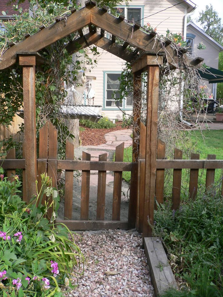 Top 25 ideas about garden gate ideas on pinterest for Garden archway designs