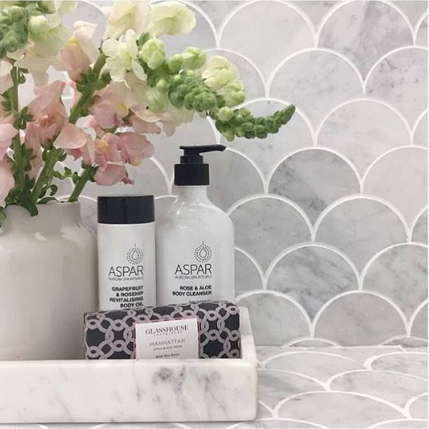 Have you ever seen a more gorgeous bathroom display? Perfection @juliaandsasha! Shop their choice of luxe products from Aspar at The Block Shop. Head to our homepage -> See The Rooms -> Julia & Sasha Bathroom for all the details. #9theblock #bathroom #tiles http://ift.tt/2eg9czm