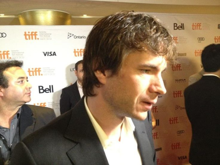Justine Lewkowicz ‏@JustineLewkowic -   James D'Arcy on the carpet #tiff12 pic - Have to say that the cast of Cloud Atlas were all super nice and in such a great mood tonight! #TIFF12 - Sept. 8, 2012 @ 5.44 pm EDT