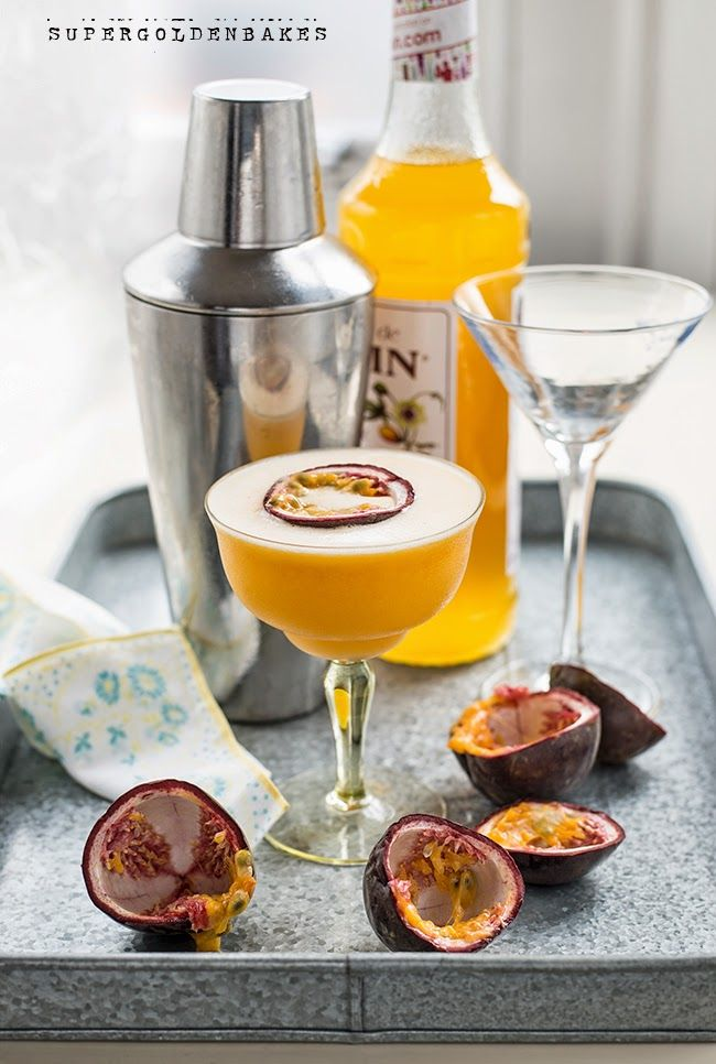Passionfruit martini cocktail recipe | Supergolden Bakes