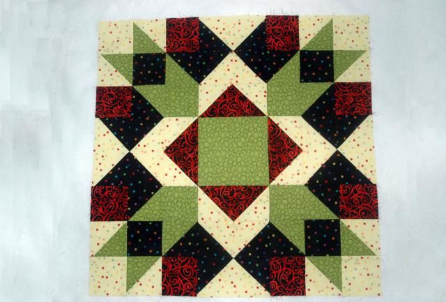 """Make Arrow Crown, a 24"""" Quilt Block with Plenty of Layout Options: How to Make 24"""" Square Arrow Crown Quilt Blocks"""
