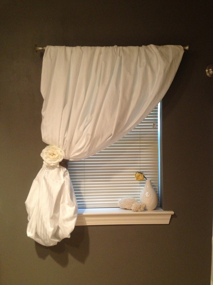 1000 Ideas About Sheet Curtains On Pinterest Bed Sheet Curtains Twin Sheets And Flat Sheet
