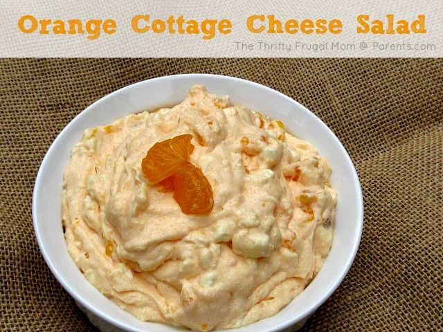 Mandarin Orange Cottage Cheese Salad- a light refreshing summer side that comes together in about 5 min.Summertime Yummy Fruit Salads, Summer Side, Orange Cottage Cheese Salad, Mandarin Orange, Lights Refreshing, Cottages Cheese, Orange Cottages, Refreshing Summer, Cottage Cheese Orange Salad