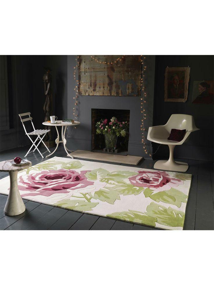 Ein hinreißendes Rosen-Design schmückt den benuta Harlequin Rose und interpretiert ein klassisches Motiv modern und zeitgemäß. Der schöne, weiche Teppich wird aus stabilem Polyacryl handgetuftet und ist daher unproblematisch in Reinigung und Pflege. Floral und romantisch gestaltet ist das Rosen-Motiv des Harlequin Rose perfekt geeignet für alle Räume, denen man Wärme und einen gewissen Charme verleihen möchte.