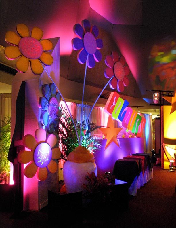 25 best ideas about flower power party on pinterest for 60s party decoration