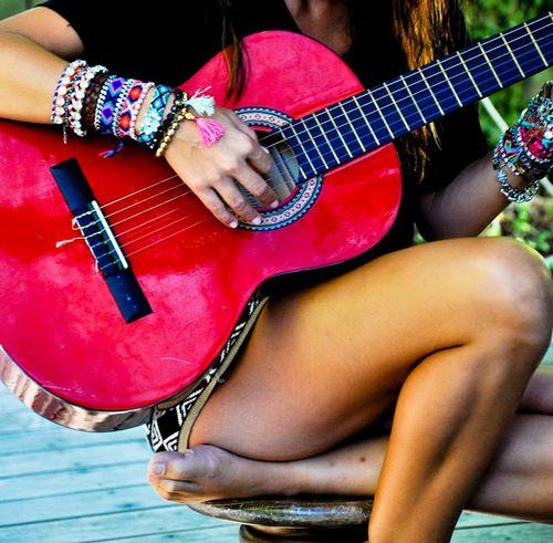 Live life PINK!Pink Summer, Music, Colors, Hot Pink, Plays, Pink Guitar, Friendship Bracelets, Arm Candies, Summer Time