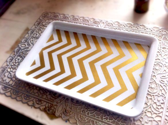 DIY Gold Chevron Desk Tray (Kate Spade office) | Lovely Scrolling