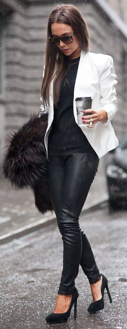 #streetstyle #fashion | Black And White Urban Chic Outfit | Johanna Olsson