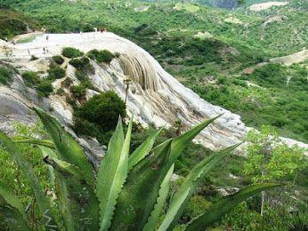 Cascada petrificada en el  estado de Oaxaca