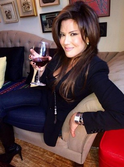 Is 'Real Housewives Of New York City's Amanda Sanders The Next Housewife? — VIDEO