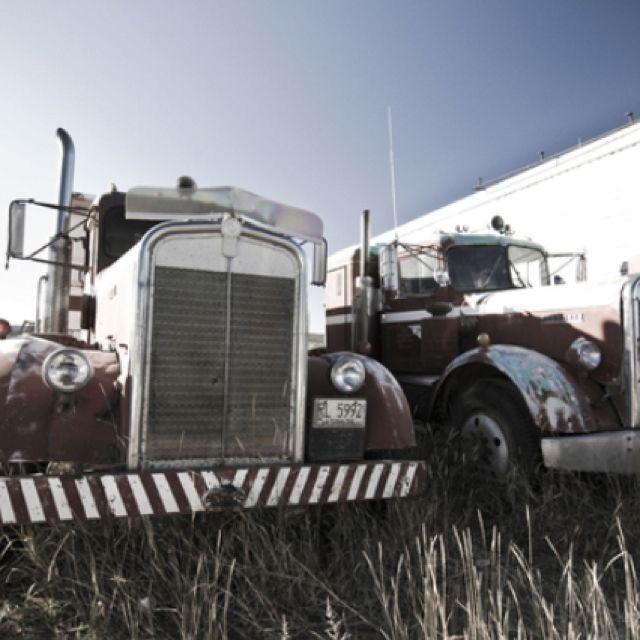 Fedex Pickup Fee >> 17 Best images about Old Semi Trucks, Vintage Trucks: A Walk Down Memory Lane. on Pinterest ...