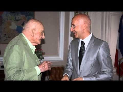 ▶ Interview de Philippe Gustin et Neagu Djuvara (RRA, 14.07.2013) - YouTube