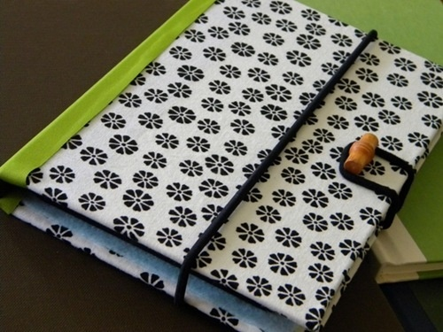 DIY tablet cover recycling