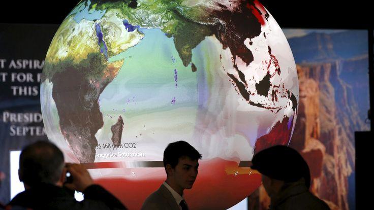 """Pariisin ilmastosopimus antaa Suomelle mahdollisuuden päästä edelläkävijöiden joukkoon tarjoamaan älykkäitä vihreitä ratkaisuja maailman kestävän kehityksen tarpeisiin, sanoo Sitra tiedotteessaan. Ilmastosopimuksen tiukka tavoite avaa ennennäkemättömiä mahdollisuuksia. """"Nyt, odotettua kunnianhimoisemman ilmastosopimuksen toteuduttua, cleantech-ratkaisujen kysyntä kiihtyy nopeammin kuin mitä aiemmin arvioitiin. Nykyisestä reilusta 400 miljardista 6 000 miljardiin kasvava markkina voidaan…"""