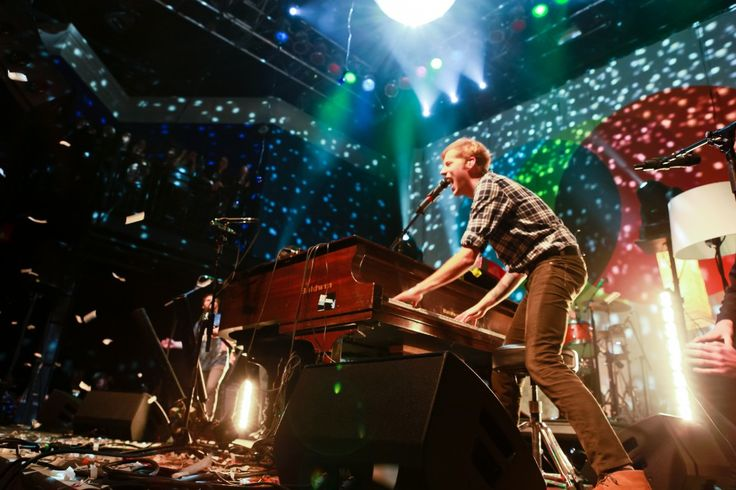 Check out 16 of Andrew McMahon's best lyrics, as chosen by his fans!