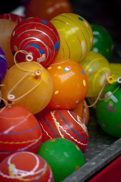 Japanese water balloons (yo-yo) お祭り風船ヨーヨー