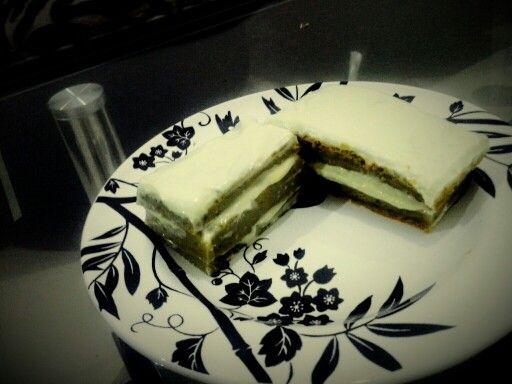 "Green tea ""macha"" cake"
