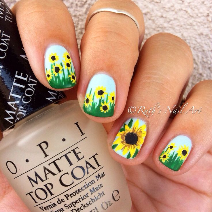 Sunflowers #nails #ruthsnailart #nailart
