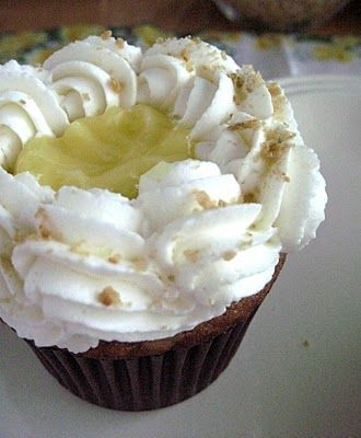 Banana Cream Pie Cupcakes.
