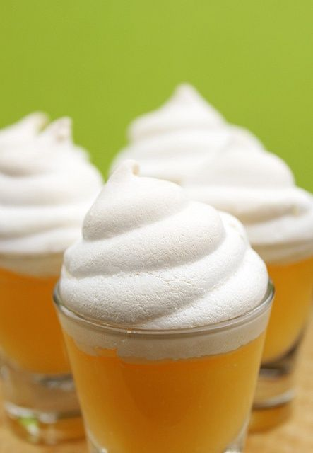 Mini lemon meringue pies | Recipes | Pinterest