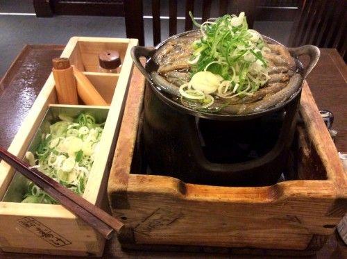 渋谷のどぜうは雑居ビル内なのだけど味は浅草とかわらず。#ドジョウ鍋
