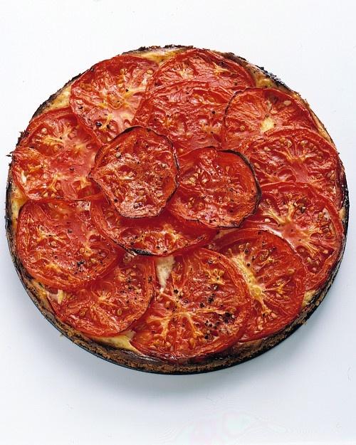 Tomato-Ricotta Tart: Gardens Tomatoes, Tomatoes Ricotta Tarts, Eating, Martha Stewart, Beefsteak Tomatoes, Tomatoes Recipes, Tarts Recipes, Tomatoricotta Tarts, Hearti Tasting