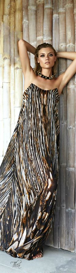 Socialite On Safari ● Amanda Wakeley by Kate Martin Photography - lovely dress!