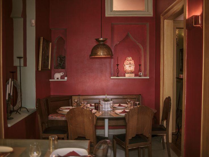 Pink Elephant: Το νέο ινδικό του κέντρου σερβίρει σε ένα νεοκλασικό του 1870 - POPAGANDA