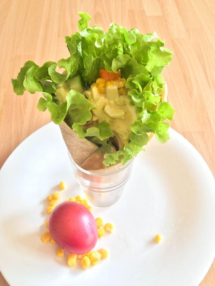 Frühlingshafte Wraps mit Ei-Curry-Dip , selbstgemachte Tortillas und leckere Eiverwertung.