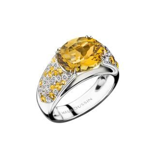 Plaisir d'Amour Ring  Plaisir d'Amour ring, 18Kt white gold, Citrine (3,3 ct), yellow sapphires and diamond pavé