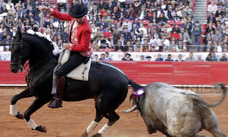 El torero de a caballo oriundo de Estella protagoniza pasajes de clase y torería en la México, sin materializar un nuevo triunfo.